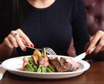 Tips Makan Enak di Restoran
