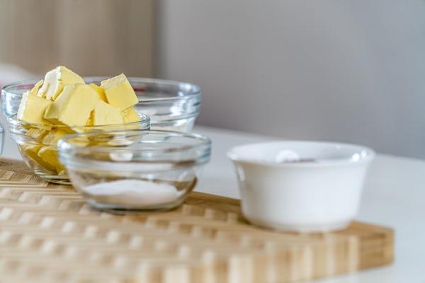 Apa Sih Beda Margarin dengan Mentega