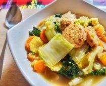 Resep Capcay Bakso Ala Restoran Yang Mudah Untuk Dibuat