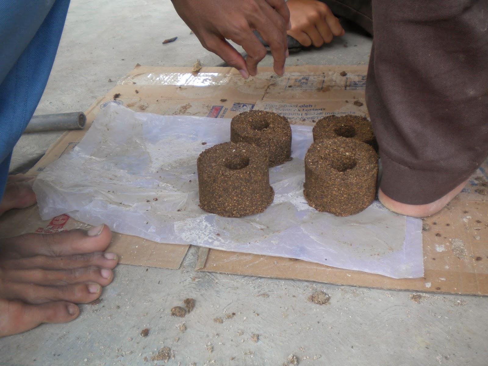 Cara-Membuat-Briket-dari-Serbuk-Kayu